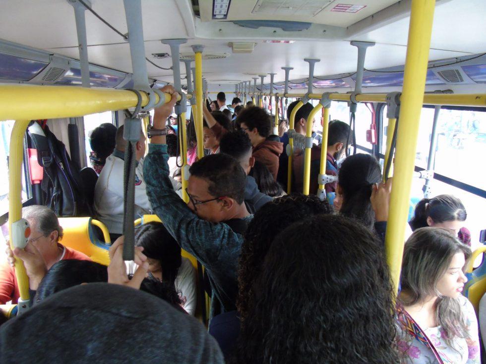 A crise do transporte público conquistense já se estende por mais de quatro meses.