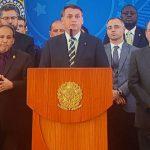 Pronunciamento de Bolsonaro, um paredão de ministros e o contra-ataque de Moro no JN