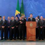 """Geopolítica da pandemia: """"A verdade é que hoje o Brasil é um pária internacional"""", diz especialista em saúde global"""