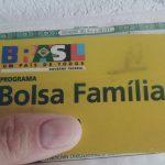 Bolsonaro retira 83,9 milhões do Bolsa Família e transfere para a Comunicação