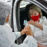 Secretaria de Saúde de Conquista retoma vacinação dos idosos