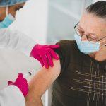 Vacinação contra a covid-19 continua nesta segunda (26) em Conquista