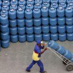 Petrobras reajusta preço do gás de cozinha pela 4ª vez desde o início de 2021