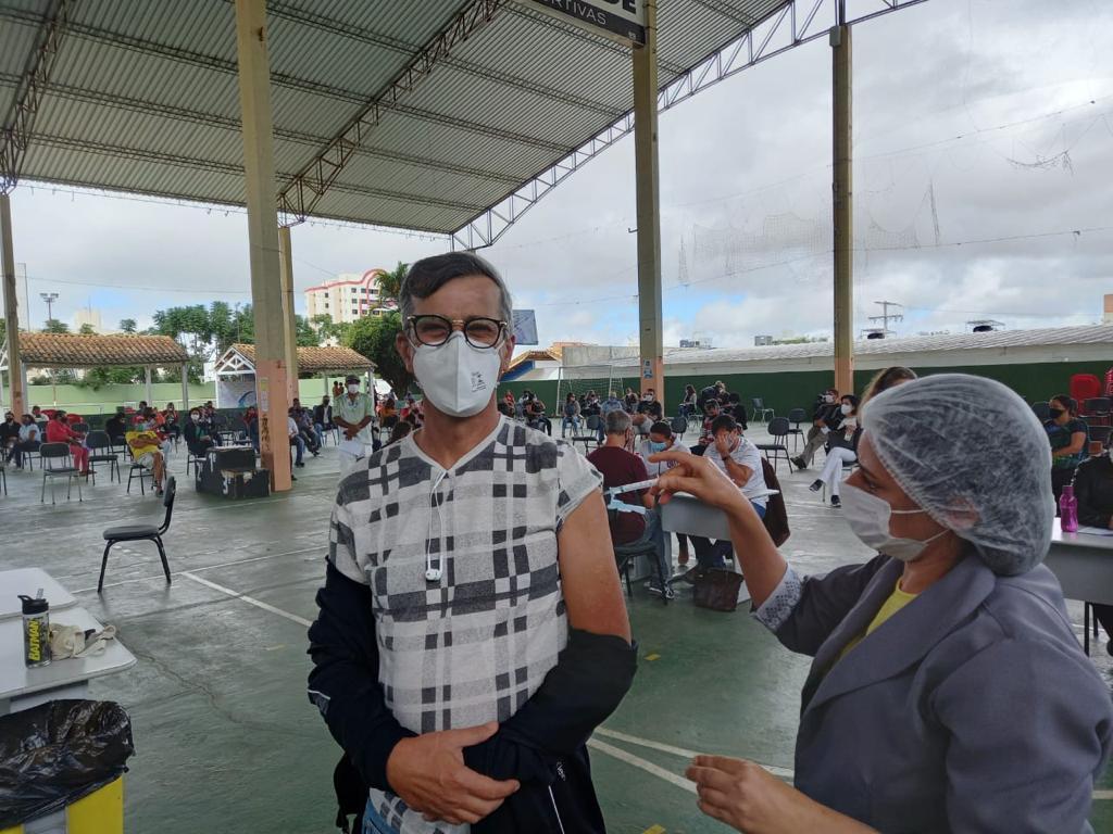 Vacinação dos professores em Vitória da Conquista
