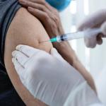 Vacinação aos idosos com 60 anos ou mais é retomada em Conquista nesta segunda (03)