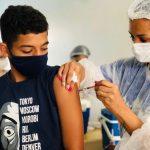 Prefeitura de Conquista vacina com 1ª dose adolescentes da zona rural do município nesta sexta (24)