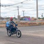 Motoboys não têm direitos trabalhistas e sofrem com acidentes em Conquista